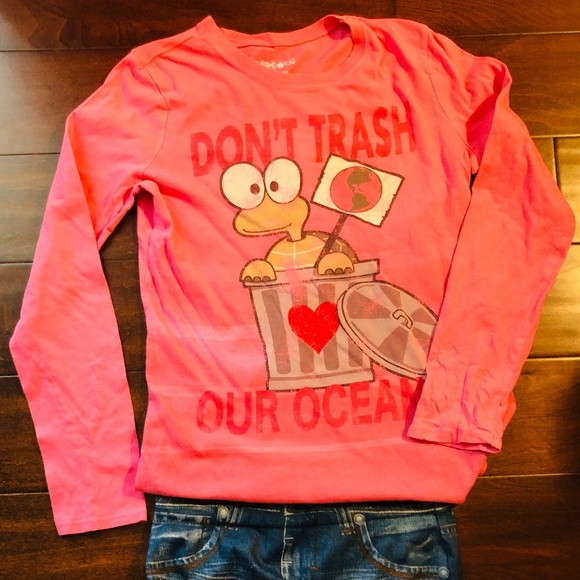 Long Sleeve Graphic T-shirt Don't Trash Our Ocean